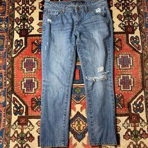 Harper size 28 Distressed Medium Wash Skinny jeans